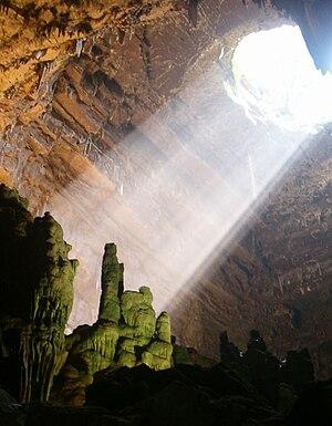 Grotte di Castellana: la caverna principale (la grave)