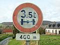 Guémicourt-FR-80-panneau de voirie-3.jpg