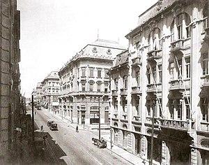 Guilherme Gaensly - Libero Badaró, sentido Praça do Patriarca, c. 1920