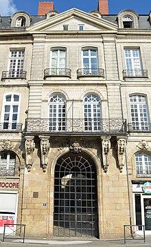 Hôtel de La Villestreux — Wikipédia