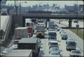 HEAVY TRAFFIC ON THE DAN RYAN EXPRESSWAY IN CHICAGO ILLINOIS. IT IS THE BUSIEST IN THE UNITED STATES WITH 254,700... - NARA - 556194.tif