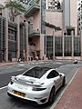 HK SW 上環 Sheung Wan 皇后大道中 Queen's Road Central white car parking April 2021 SS2 02.jpg