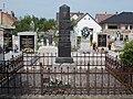 Haiszer Hentrik kántortanító, evangélikus temető, 2018 Paks.jpg