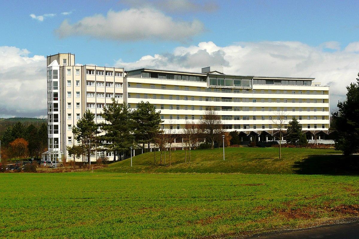 File:Hardtwaldklinik II - panoramio.jpg - Wikimedia Commons