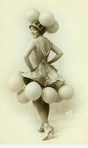 Helen Barnes - Helen Barnes as a Ziegfeld Dancer  New York Public Library Digital Gallery