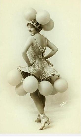 Helen Barnes - Helen Barnes as a Ziegfeld Dancer  New York Public Library Digital Gallery