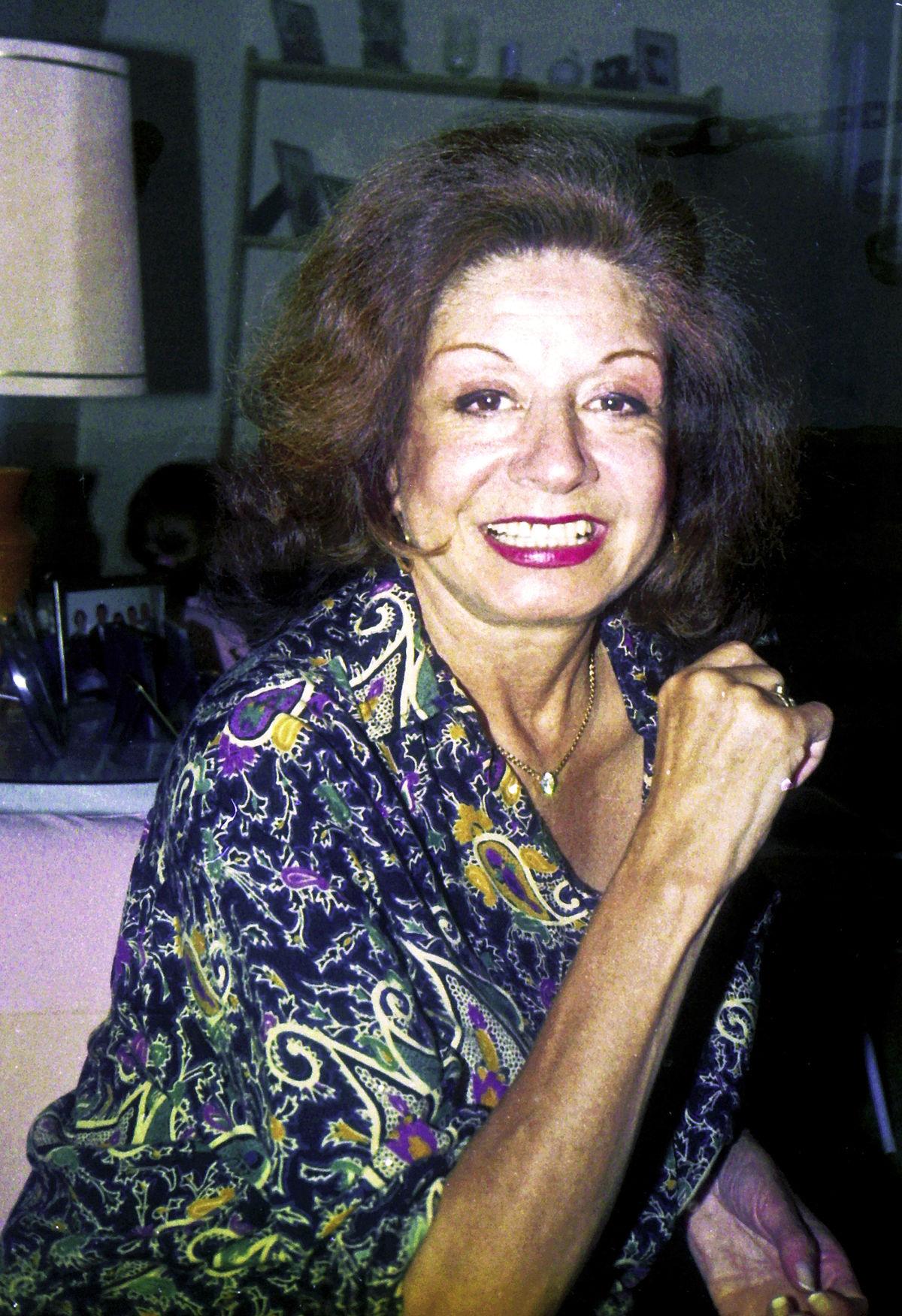 Maria Dolores Pradera - Te Solte La Rienda