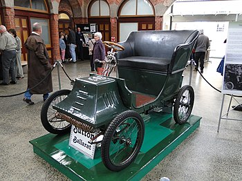 English: A Henry Sutton car, built in Ballarat...