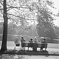 Herfsttij in Amsterdams Vondelpark, Bestanddeelnr 918-2134.jpg