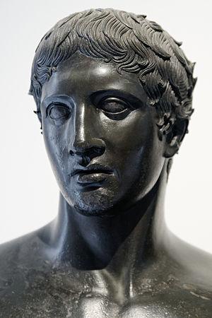 Herm Doryphoros MAN Napoli Inv4885 n01.jpg
