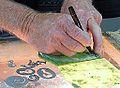 Hokitika, travail du Jade art Maori NZ.JPG