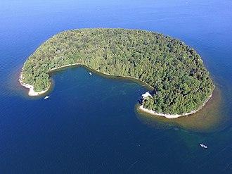 Horseshoe Island (Wisconsin) - Aerial view of Horseshoe Island