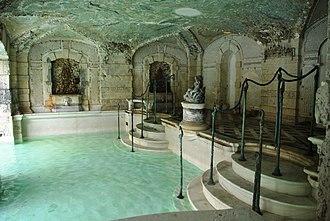 Vizcaya Museum and Gardens - Historic recreation and pool area of Villa Vizcaya