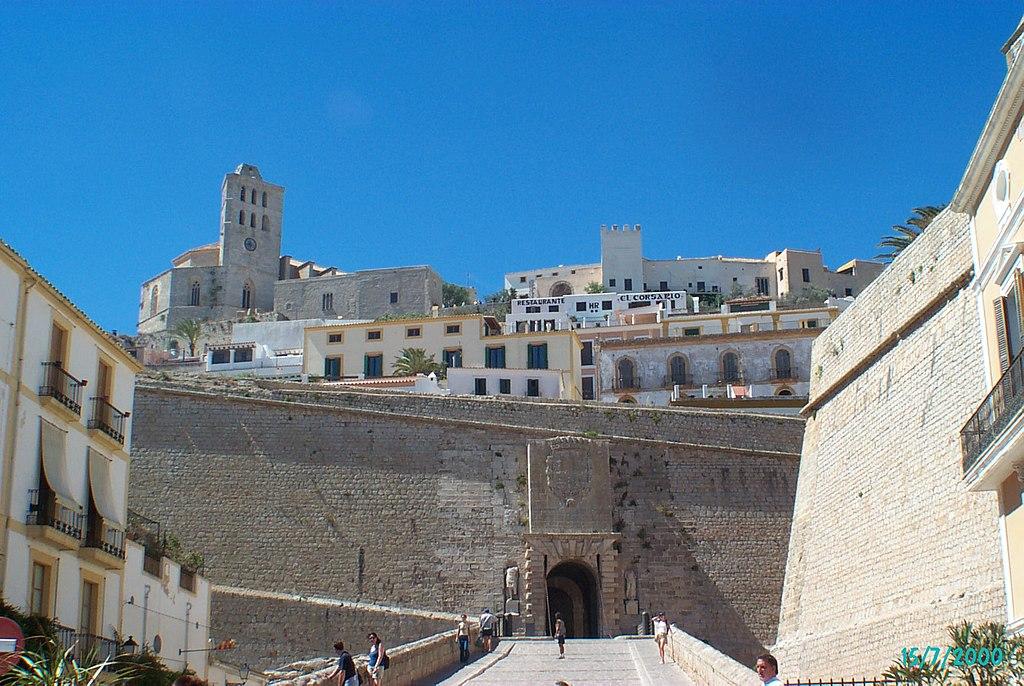 Portal de ses Taules, Ibiza-Stadt - July 2000