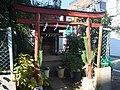 Inari Shrine (稲荷神社) - panoramio (9).jpg