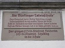 Inschrifttafel an der Nürtinger Lateinschule mit einem Zitat von Eduard Mörike (Quelle: Wikimedia)