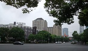 Intersection in Pudong.jpg