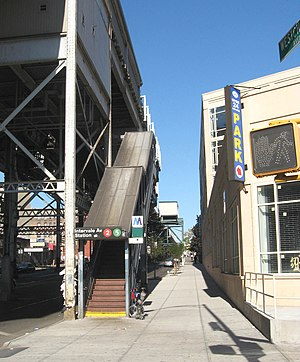 Intervale Avenue (IRT White Plains Road Line) - Northbound stair