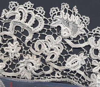 Crochet - Irish crochet lace, late 19th century. The design of this example is closely based on Flemish needle lace of the 17th century.