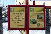 Ischlerbahnstraße Haltestelle Aushang.jpg