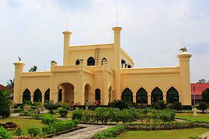 Sultanate of Siak Sri Indrapura - Image: Istana Kerajaan Siak (1)