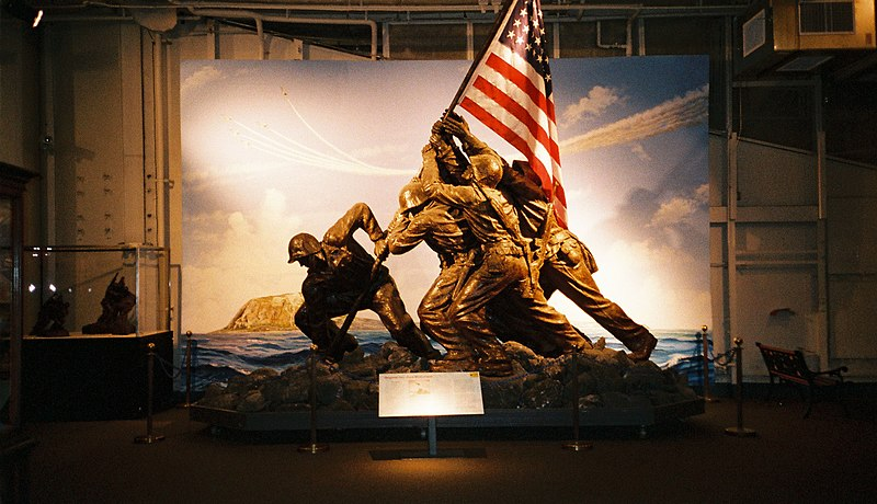 Image:Iwo Jima Memorial Statue, USS Intrepid, New York City. (727855908).jpg
