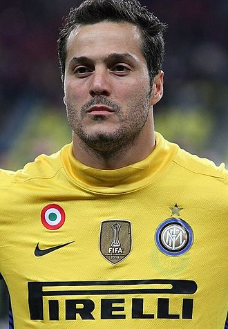 Júlio César (football goalkeeper, born 1979) - Júlio César with Inter Milan in 2011