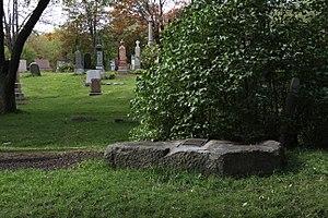 Joseph Guibord - Image: J. Guibord Pierre tombale 1