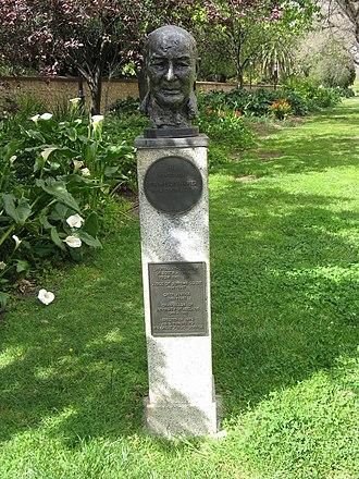 Mellis Napier - Dowwie's bust of Mellis Napier