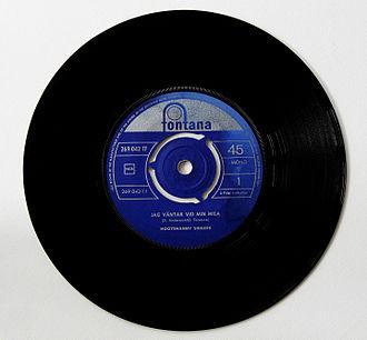 Hootenanny Singers - 45-RPM single of Jag väntar vid min mila purchased in Denmark around 1964–1965. Built-in center adapter is still attached.