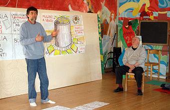 Dario Fo, con il figlio Jacopo, alla Libera Università di Alcatraz, nel 2007