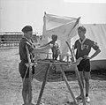 Jamboree 1963 te Marathon Griekenland Belgen met Manneke Pis van Brussel, Bestanddeelnr 915-4376.jpg