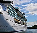 Jewel of the Seas in Oslo.jpg