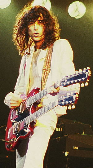 English: Jimmy Page of Led Zeppelin, in concer...