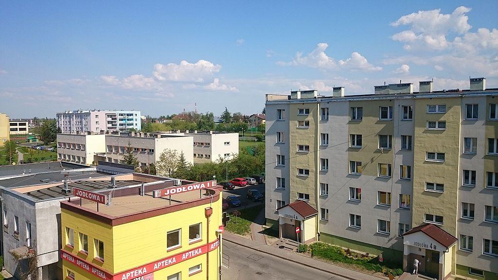 1024px-Jod%C5%82owa_Street%2C_Suchostrzygi%2C_Tczew_-_3.JPG