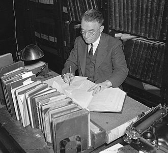 John Clement Fitzpatrick - John Clement Fitzpatrick working on the George Washington papers at the Library of Congress in 1937