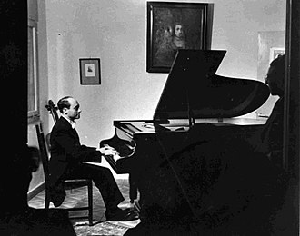 Josef Tal - Tal piano recital at Tel Aviv Museum (8 May 1944)