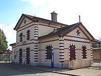 Jouy-en-Josas Gare.jpg