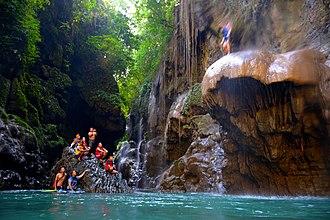 Cukang Taneuh - Image: Jumping Rock
