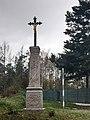 Kříž západně od Vrčeně.jpg
