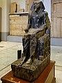 Kairo Museum Sitzstatue Chephren 06.jpg