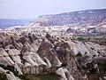 Kapadokya-ürgüp-göreme-zelve - panoramio - HALUK COMERTEL (31).jpg