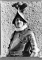 Kapitein van de Zwitserse Garde Umberto Aebischa in groot gala, Bestanddeelnr 190-0976.jpg