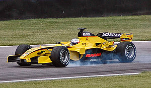Karthikeyan (Jordan) locking brakes in qualifying at USGP 2005.jpg