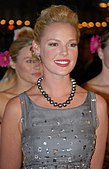 Katherine Heigl at 27 Dresses Premiere 17.jpg