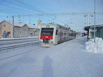 Kerava railway station - A northbound Z-line train in track four.