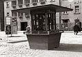 Kiosk na Grajskem trgu 1956.jpg