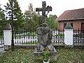 Kościelec - Krzyż przy kościele (20.X.2007).JPG