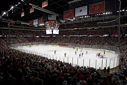 Men's hockey game played at the Kohl Center Kohl Center hockey.jpg