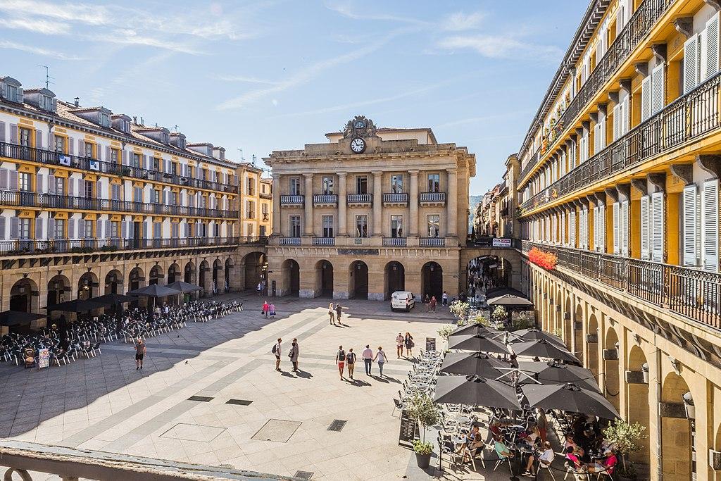 Konstituzio plaza 02